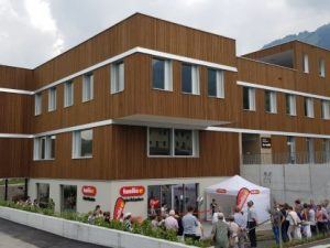 bio-familia eröffnet Fabrikladen